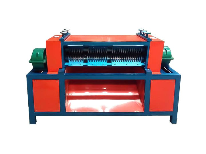 Copper tube peeling machine